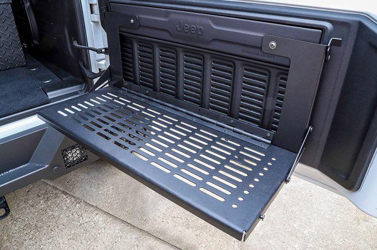 Dee Zee (DZ4469JL): Rear Door Work Bench for Jeep Wrangler JL