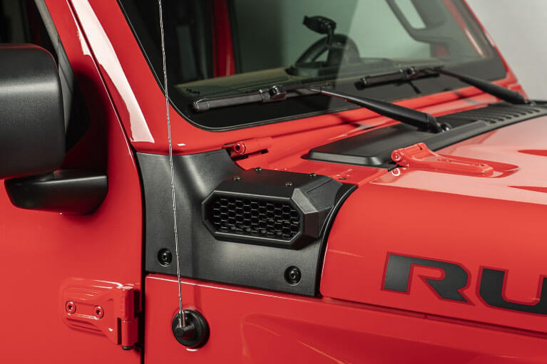 Rugged Ridge (17756.37): AmFib Low-Mount Snorkel for '18-'19 Wrangler JL