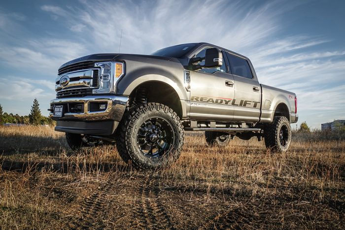 "ReadyLIFT (49-2768): 6.5"" Lift Kit System for '17-'19 Ford F-250/F-350 4WD Diesel"