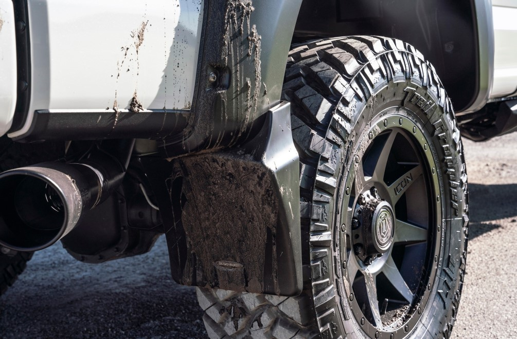 Bushwacker: Trail Armor Mud Flaps