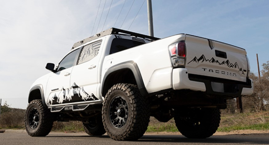 Belltech Trail Performance Lifting Struts for Tacoma 4WD 28015